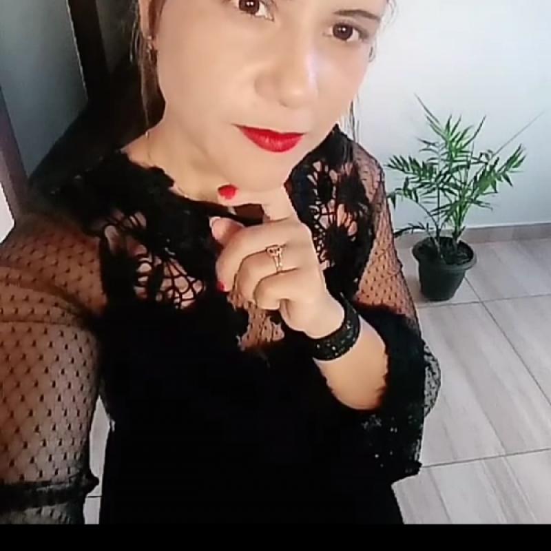 [Edilaine Adriana Rodrigues]