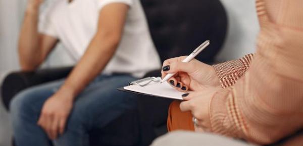 Saiba mais sobre o curso Princípios das Terapias Cognitivo Comportamentais