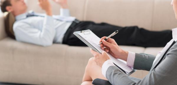 Saiba mais sobre o curso Psicoterapia e Terapia Cognitivo Comportamental