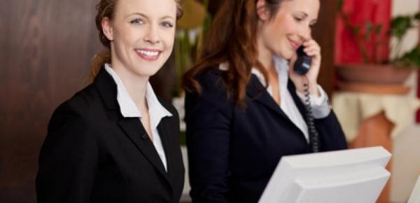 Saiba mais sobre o curso Recepcionista de Hotel